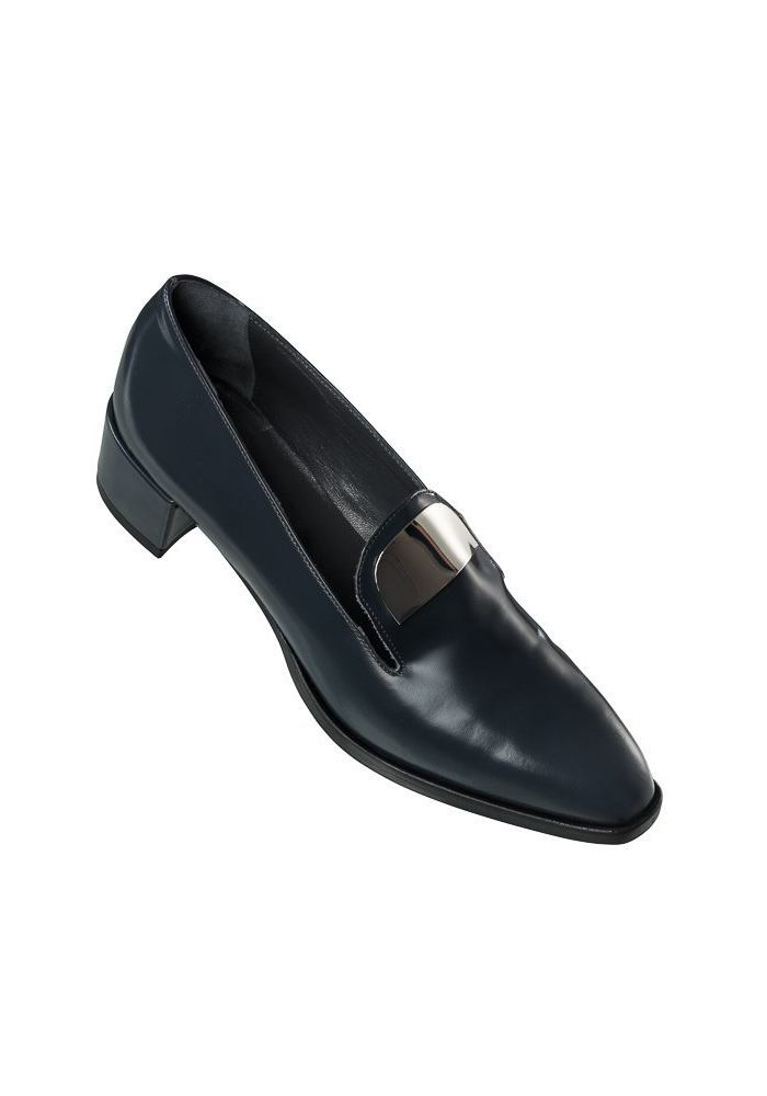 https://thetallcollective.com/product/leather-loafer-calicut/